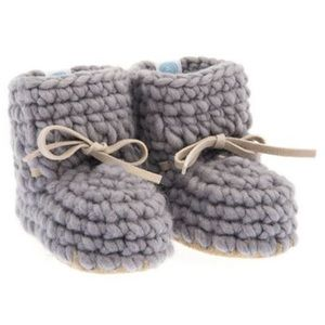 Other - Knit Mocassin Booties - baby grey